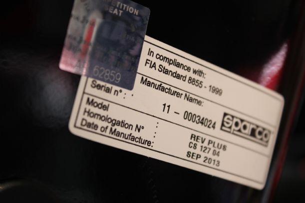 Etiquette de validitié FIA